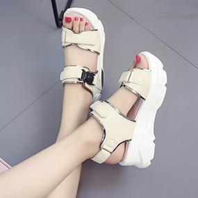2017夏季新款凉鞋女魔术贴厚底摇摇鞋